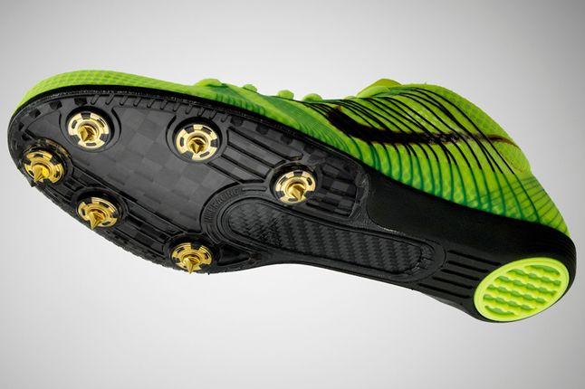 Nike Pro Field Footwear 5 1