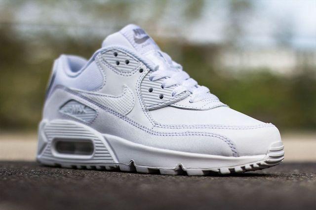Nike Air Max 90 Gs Triple White 4