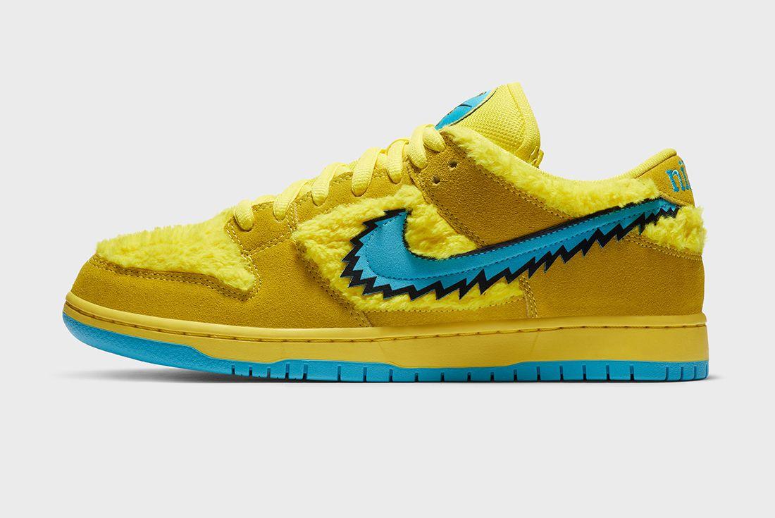 Grateful Dead x Nike SB Dunk Low Yellow Left