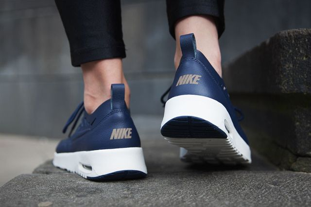 Nike Max Thea Navy 61