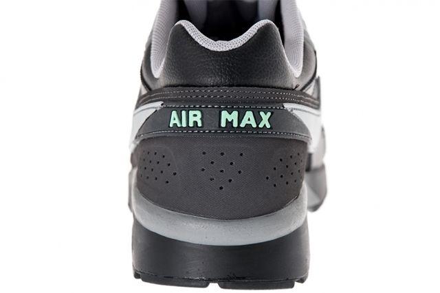 Nike Air Classic Bw Black Silver Heel