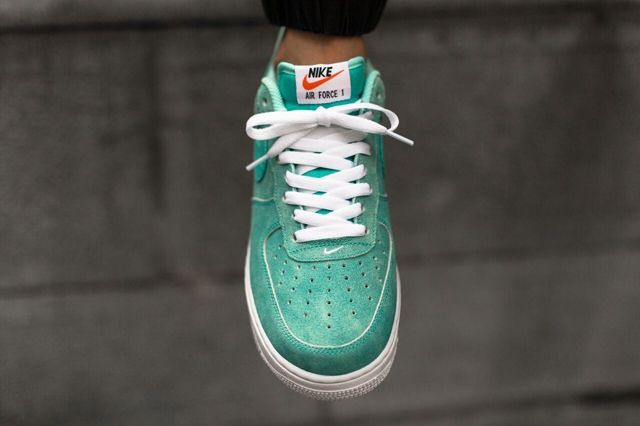 Nike Air Force 1 Low Light Retro Green Canvas 3