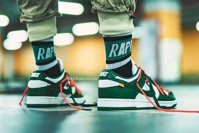 Off White Nike Dunk Low Pine Green Ct0856 100 On Foot Shot7
