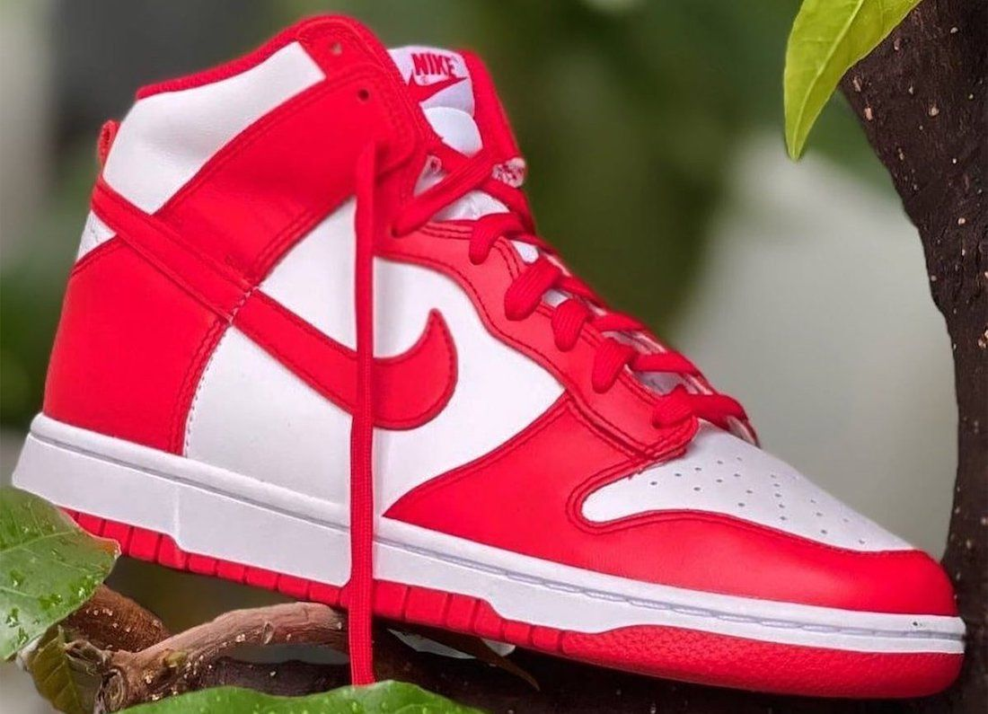 Nike Dunk High University Red