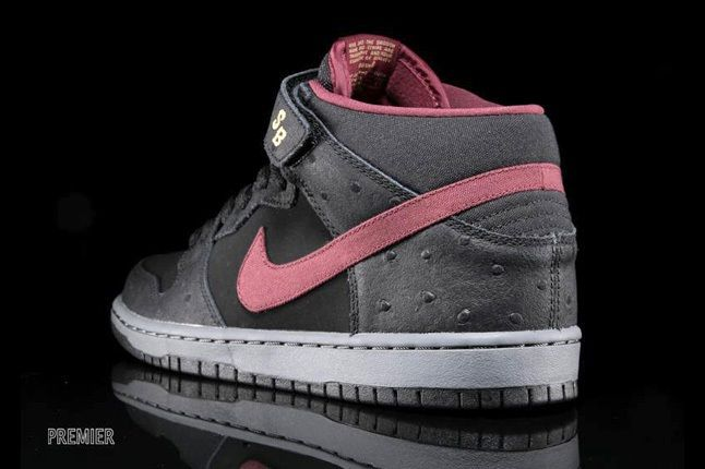 Nike Sb Dunk Mid Pro Black Cherrywood Red 3