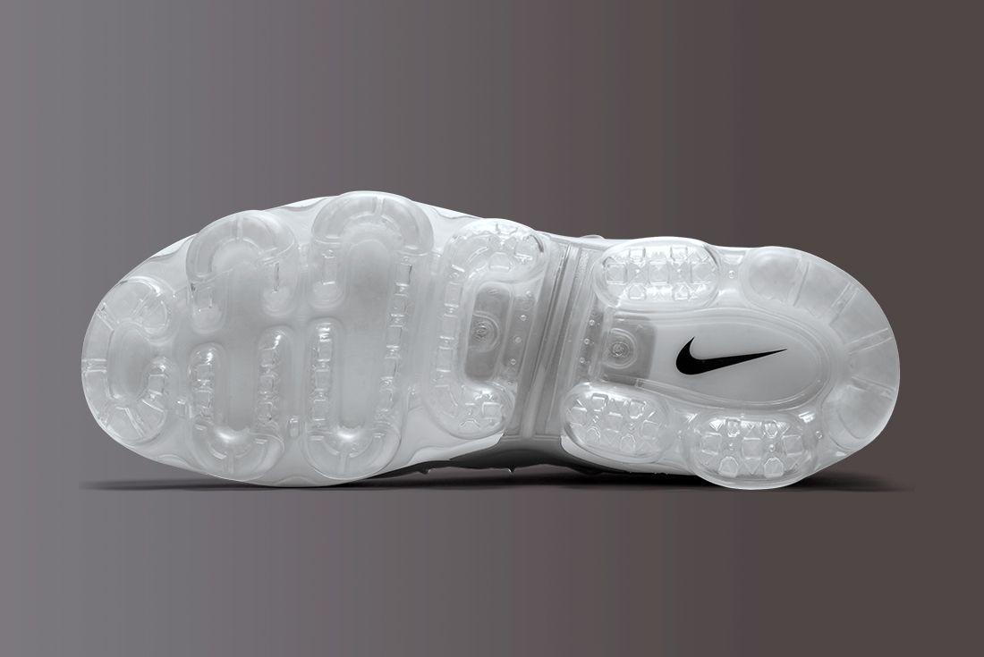 Nike Air Vapormax Plus 15