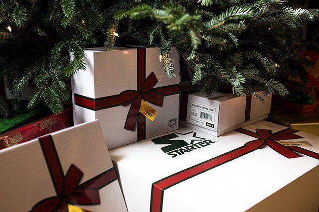 Packer Shoes X Ewing 33 Hi Christmas Collection 2