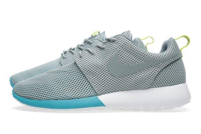 Nike Roshe Run Mica Green Summit 5