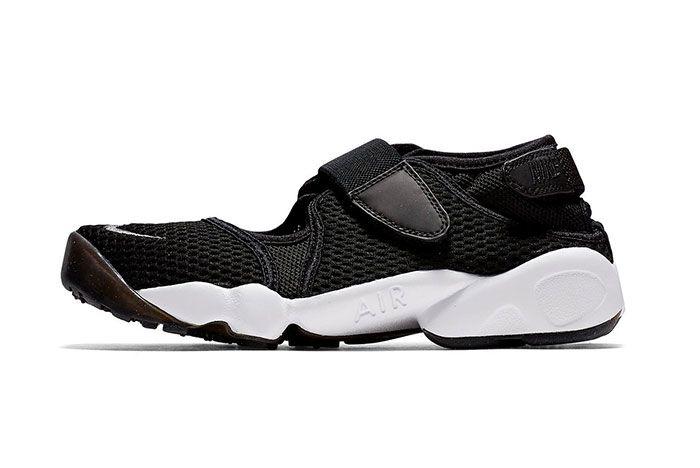 Nike Air Rift Black And White Side Shot 5