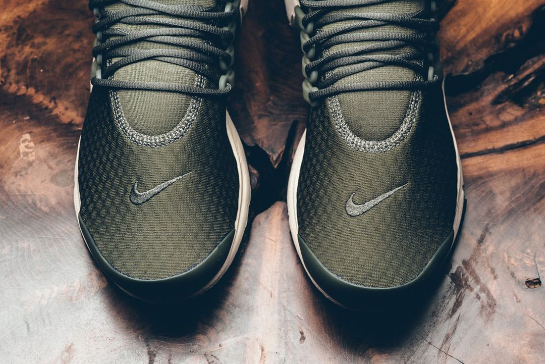 Nike Air Presto Essential Cargo Khaki 4