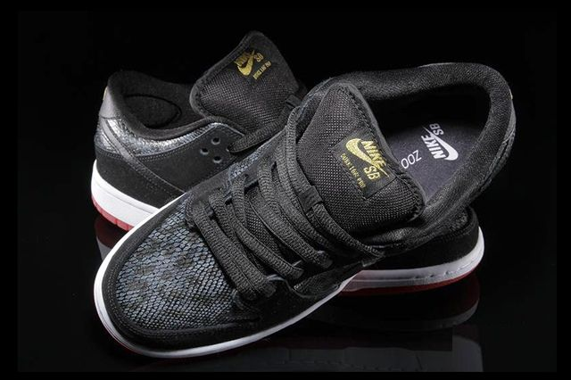 Nike Sb Dunk Low Snake Eyes 1