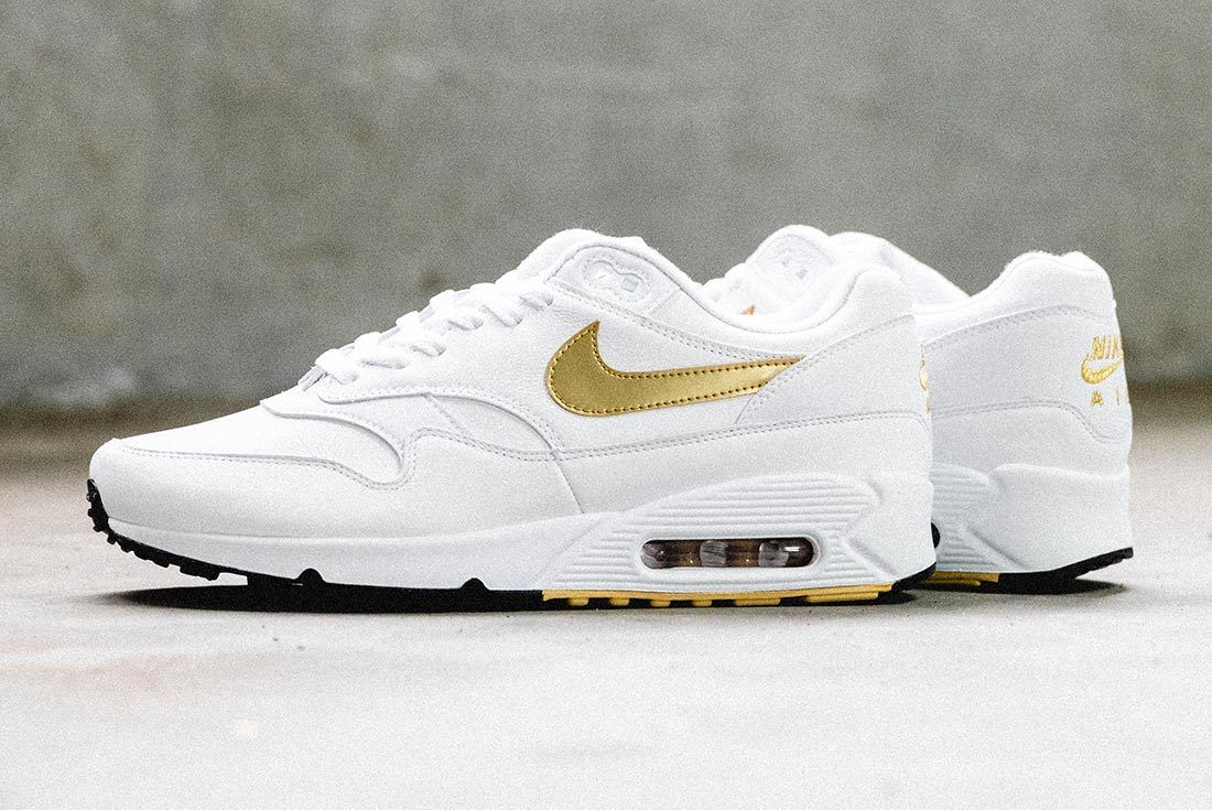 Nike Air Max 90 Gold 8