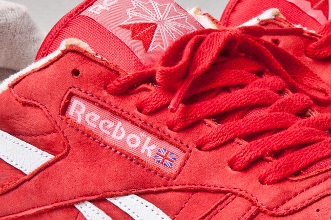 Reebok Classic Leather Vintage Union Red Side 1