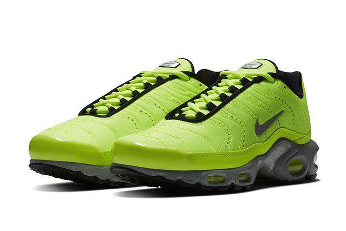 Nike Air Max Plus Premium Sneaker Freaker