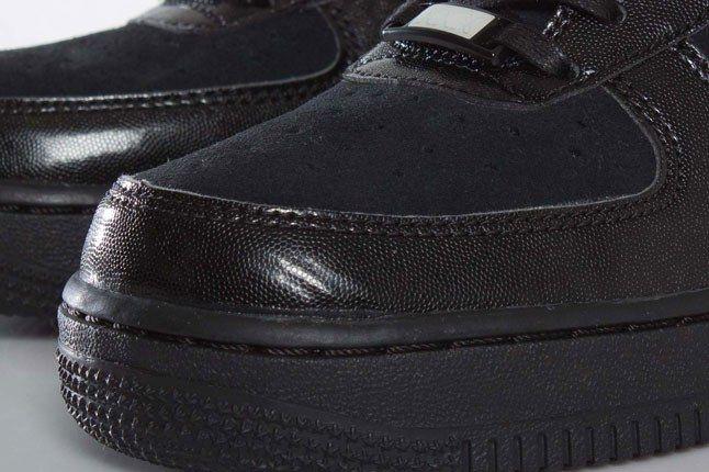 Nike Uptown Black 1