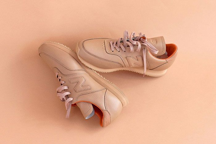 Auralee New Balance Comp100 Tan