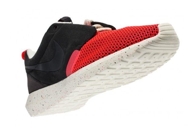 Nike Roshe Run Natural Motion Black Red 3