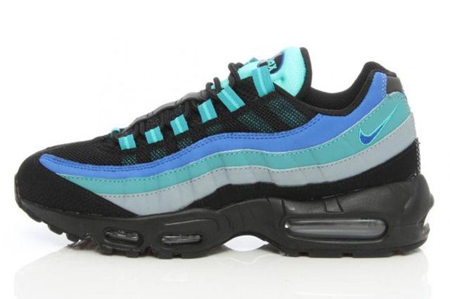 Nike Air Max 95 Black Hyper Cobalt 1 E1411417646623 580X420