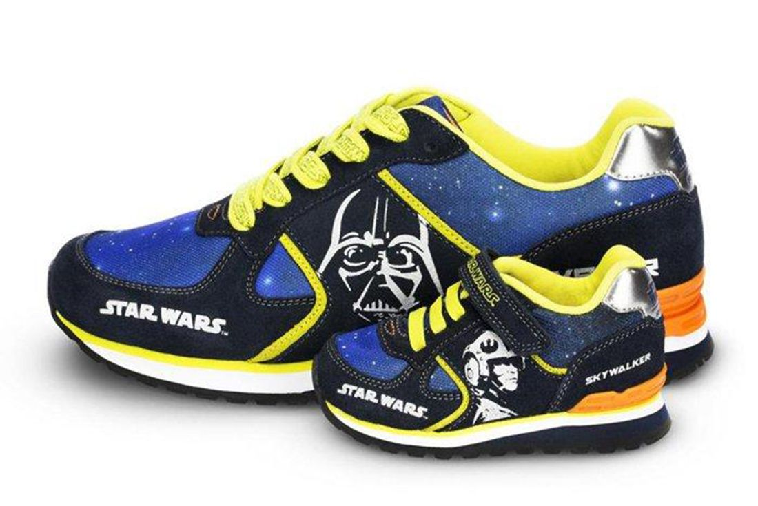 Stride Rite Star Wars Navy Yellow Sky Walker Pack