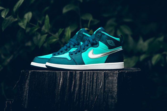 Air Jordan1 Retro High Gp Hyper Jade 1
