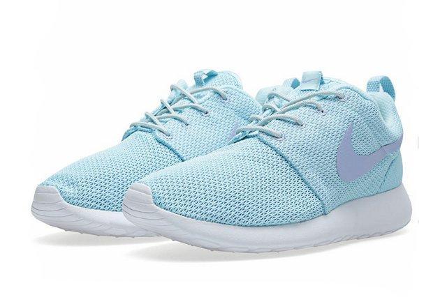 Nike Rosherun Glacier Ice Purple 3