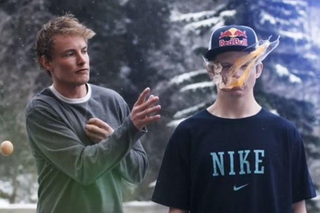 Nike Snowboarding Egg 1