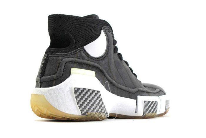 Nike Kobe 1 Prototype 2005 Black Gum Carbon Fiber 2