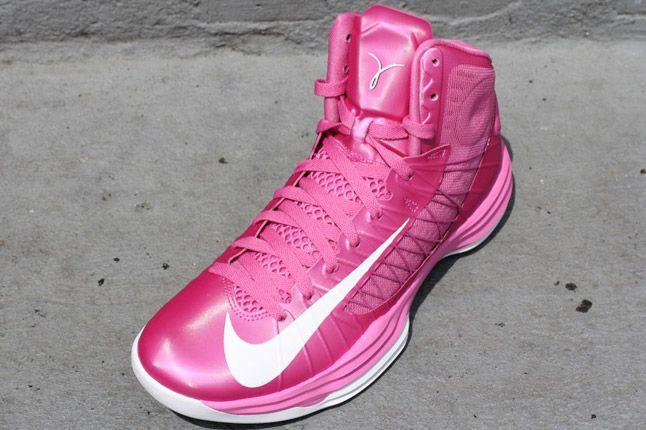 Think Pink 2012 Nike Lunar Hyperdunk 1