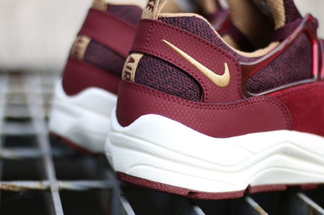 Nike Air Huarache Light Deep Burgundy 4