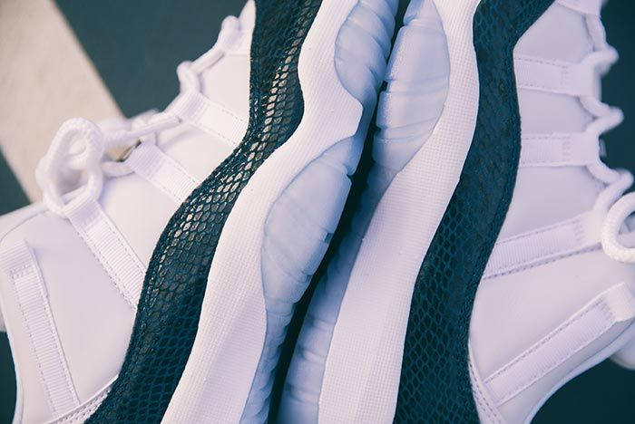 Air Jordan 11 Low Snakeskin Heel Detail Shot