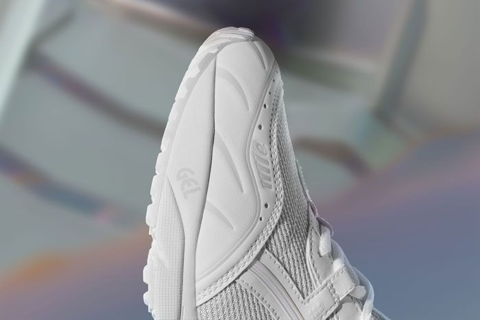 Asics Gel 1090 White Toe Box Shot