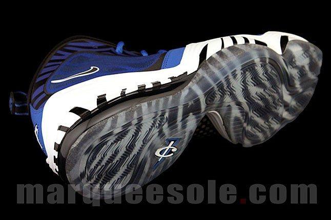 Nike Penny V Memphis Zebra Sole 3