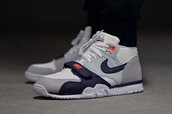 Nike At1 Denim Thumb