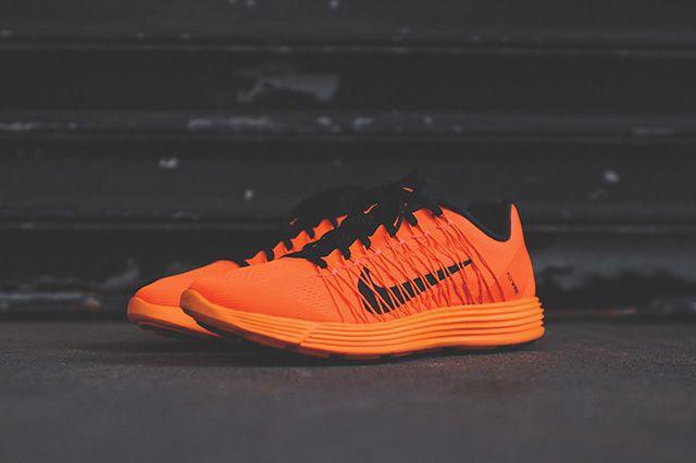 Nike Lunaracer 3 Total Orange