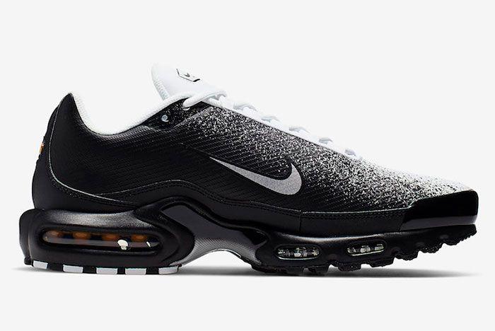 Nike Air Max Plus Tn Se Black White Ci7701 002 Side Shot 1
