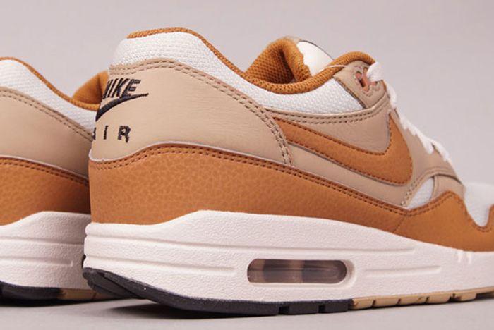Nike Air Max 1 Acorn 1