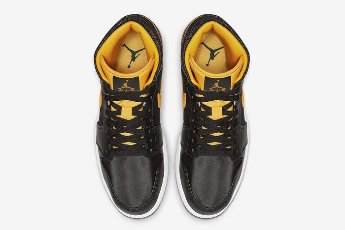 Air Jordan 1 Black Black University Gold Top