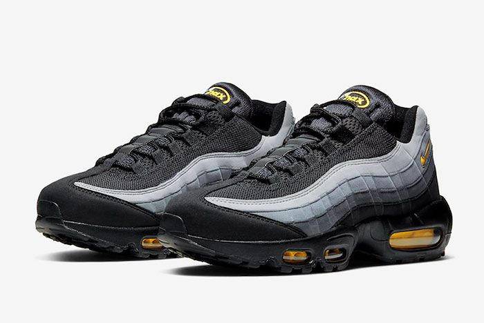 Nike Air Max 95 Batman Toe
