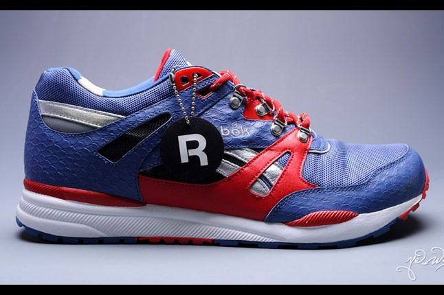 Marvel Captain America Reebok Ventilator 5 1