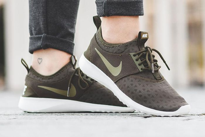 Nike Wmns Juvenate Dark Loden 4