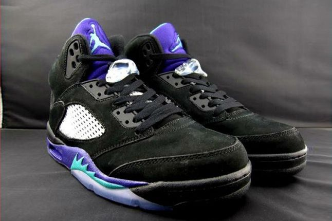 Air Jordan V Black Grape Hero 1