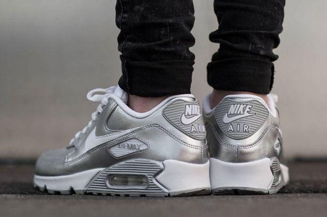 Nike Air Max 90 Metallic Silver 1