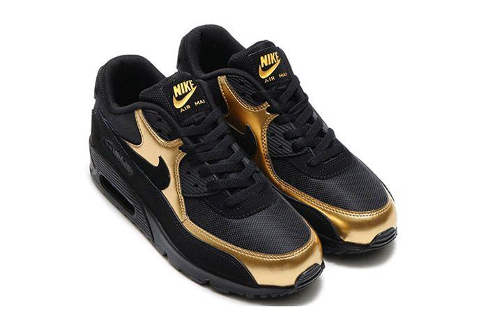 Nike Air Max 90 Black Metallic Gold 1