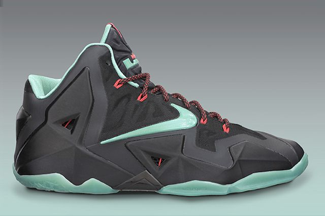 Lebron 11 Diffused Jade Sideview