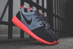 Nike Roshe Run Magnet Grey Mango Thumb