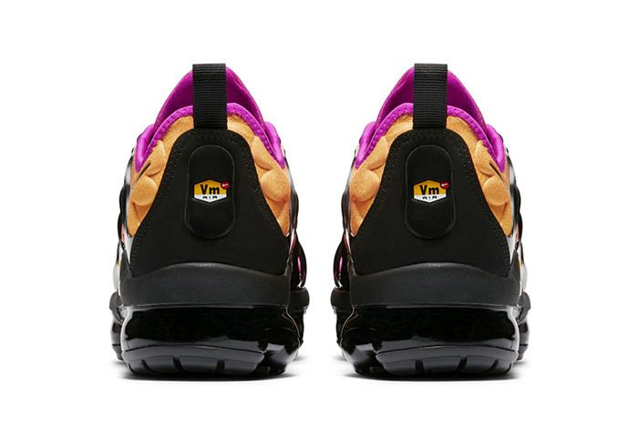Nike Air Vapormax Plus Womens 3