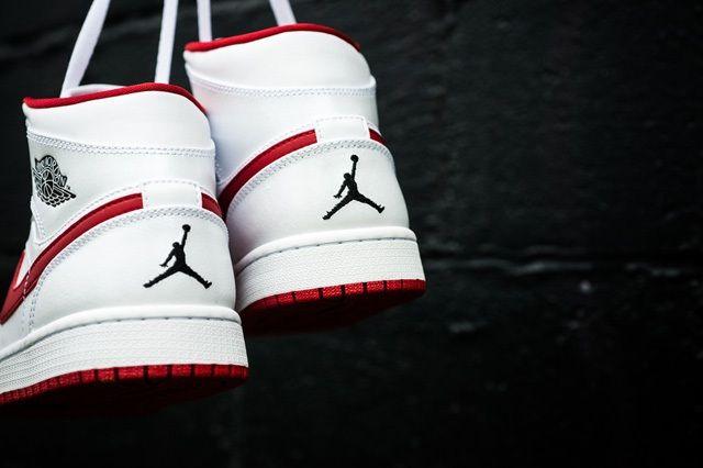 Air Jordan 1 Mid White Gym Red 3
