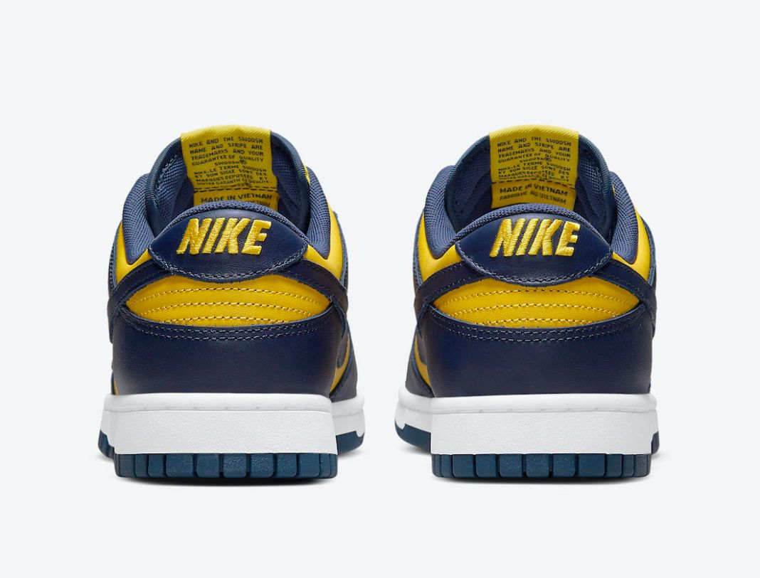 nike dunk low michigan on white official pics