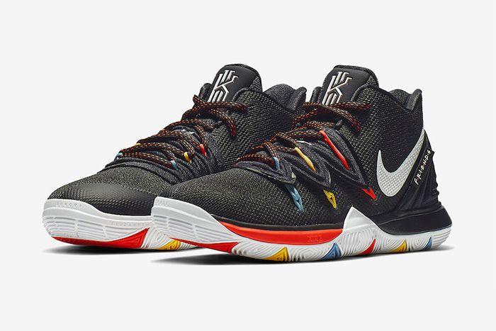 Nike Kyrie 5 Friends Aq2456 006 Release Date Pair