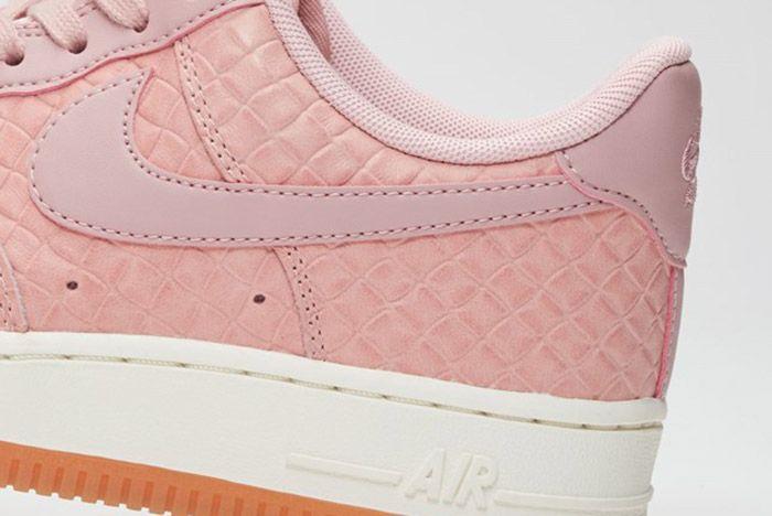 Nike Air Force 1 07 Wmns Pink Glaze 4